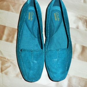 Shoes - CLARK'S TEAL FLATS
